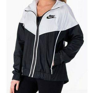 Nike Women's Sportswear Black/White Jacket